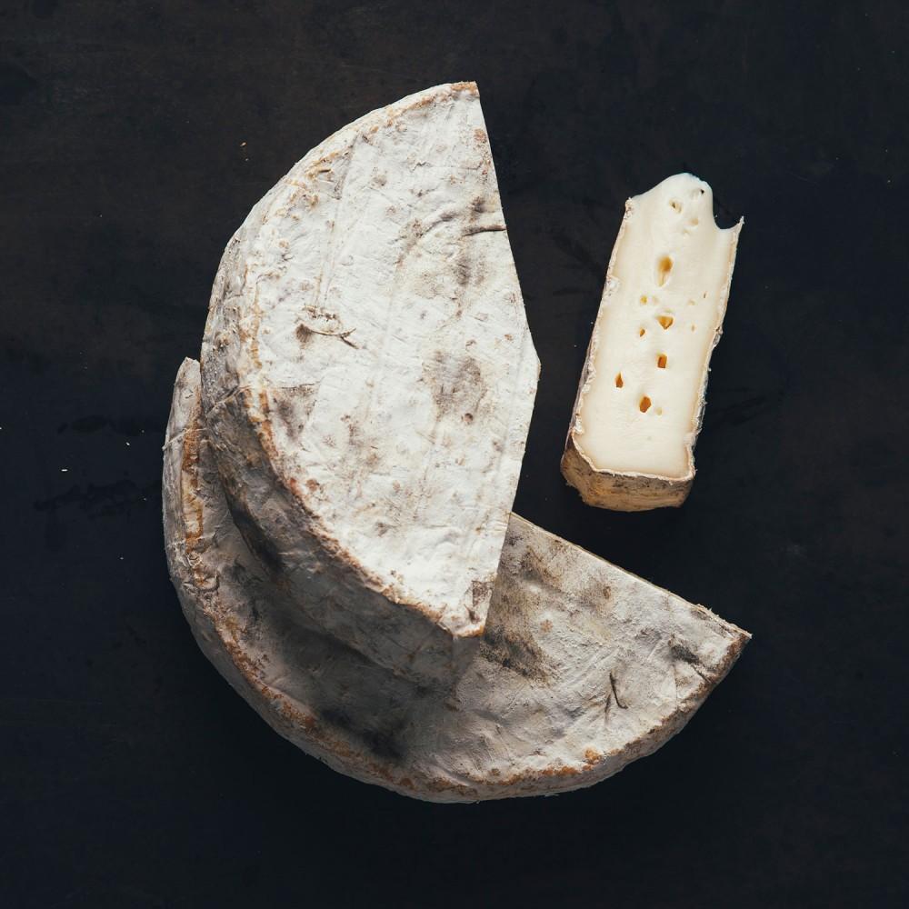 fromage_adjudant_morceaux_fondnoir