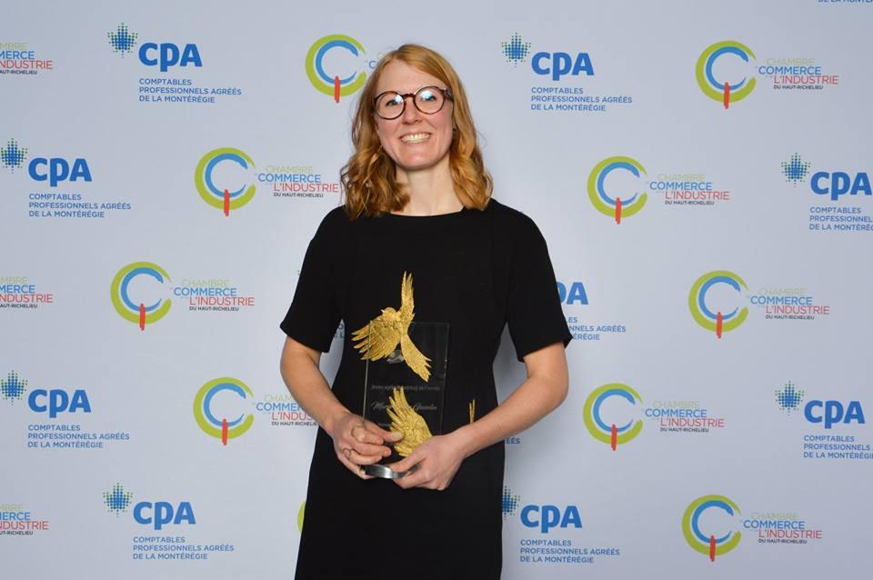Marie-Pier reçoit le prix de Jeune agricultrice de l'année!